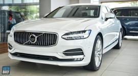 Volvo S90 2020 thêm trang bị, giá 2,15 tỷ đồng