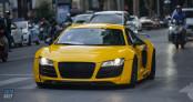 Audi R8 V8 12 năm tuổi xuất hiện tại Hà Nội