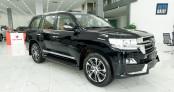 Toyota Land Cruiser VX-S 2020 độ MBS 4 chỗ về Việt Nam