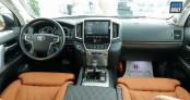 Chi tiết Toyota Land Cruiser MBS 2020 nội thất đẹp như Lexus LX570