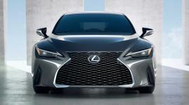 Lexus IS 2021 ra mắt: Thiết kế sắc nét hơn, nhiều công nghệ hơn