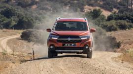 Suzuki XL7 chính thức ra mắt, hứa hẹn soán ngôi vương trong phân khúc SUV 7 chỗ