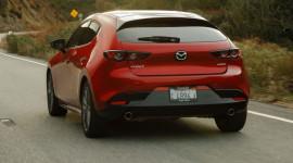 Mazda3 2021 nhận được hàng loạt nâng cấp đáng chú ý, Honda Civic phải dè chừng