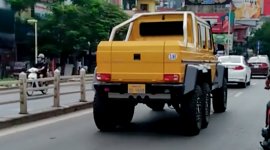 Mercedes-AMG G63 6x6 giá triệu đô lăn bánh tại Hà Nội