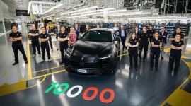 Lamborghini xuất xưởng chiếc Urus thứ 10.000