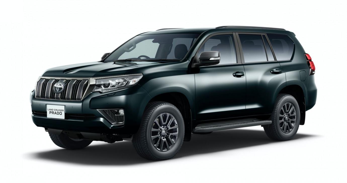 Toyota Land Cruiser Prado ra mắt phiên bản đặc biệt Black Edition