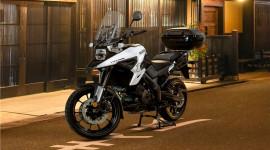 """Xế phượt"" Suzuki V-Strom 1050 Machi Edition bất ngờ ra mắt"