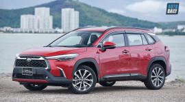Chi tiết Toyota Corolla Cross 1.8V giá 820 triệu, an toàn như xe sang