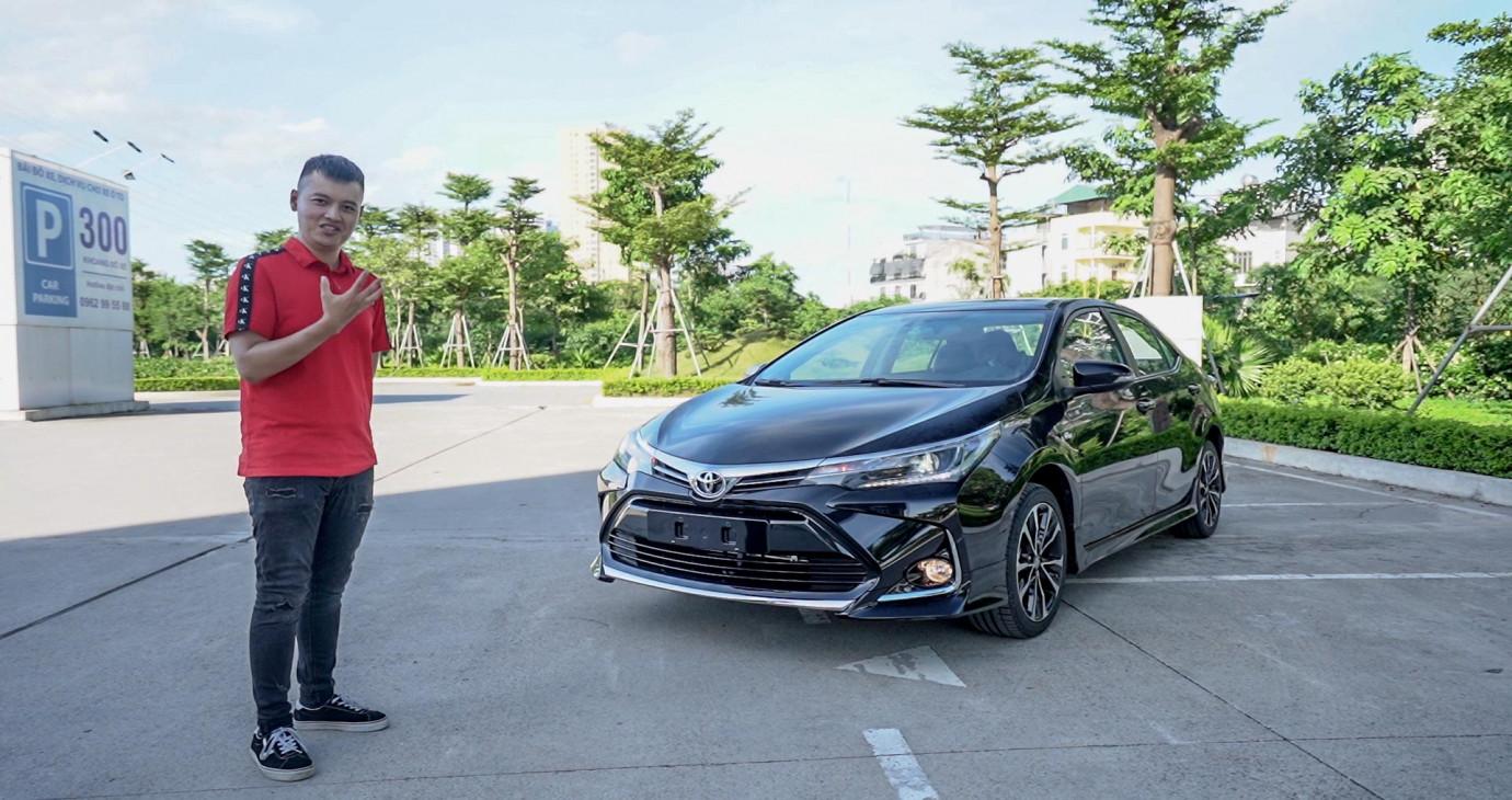 """Trải nghiệm nhanh """"hàng nóng"""" Toyota Corolla Altis 2020, giá từ 733 triệu"""