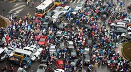 """Nét """"đẹp"""" của người Việt khi đi xe máy"""