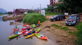 Ngày 4 hành trình Bắc Lào: Rong chơi ở Vang Viêng