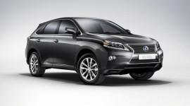 Lexus phát triển mẫu crossover 7 chỗ
