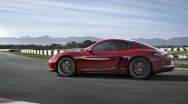 Porsche phát triển Cayman GT4