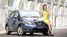 Siêu mẫu triển vọng 2013 tỏa sáng cùng Honda City