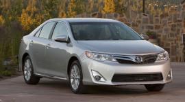 Phân khúc sedan hạng trung: Toyota Camry vững vàng ở vị trí số 1