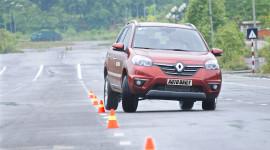 Thưởng thức tiện nghi trên Renault Koleos 2014