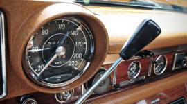 Ai nghĩ ra đồng hồ công-tơ-mét trên ôtô?