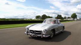 "Lái thử ""huyền thoại"" Mercedes-Benz 300SL"