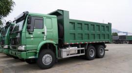 Ham rẻ, nhiều người Việt vẫn dùng xe tải Trung Quốc