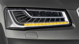 Tìm hiểu công nghệ đèn pha LED ma trận trên Audi A8L mới