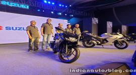 Suzuki Gixxer SF 155 2019 ra mắt, đấu Honda CBR150R và Yamaha YZF-R15