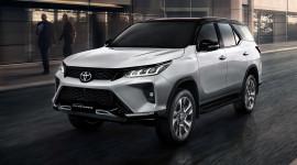 Toyota Fortuner 2021 RỤC RỊCH ra mắt tại Việt Nam - Đòi lại vị trí số 1 từ SantaFe?