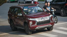 Mitsubishi Pajero Sport 2020 bất ngờ xuất hiện trên phố Hà Nội