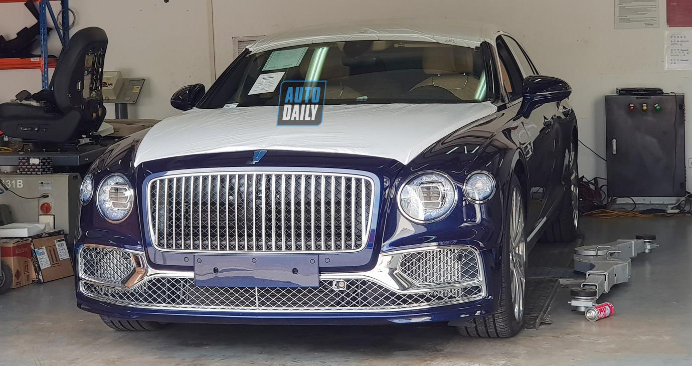Bentley Flying Spur 2020 chính hãng về Việt Nam