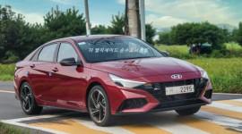 Ảnh thực tế Hyundai Elantra N-Line 2021: Thiết kế bắt mắt, đấu Honda Civic