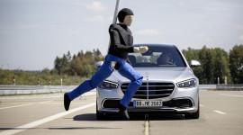 Những công nghệ an toàn bậc nhất trên Mercedes S Class 2021