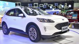 Ford Escape sắp có phiên bản 7 chỗ, thách thức Honda CR-V