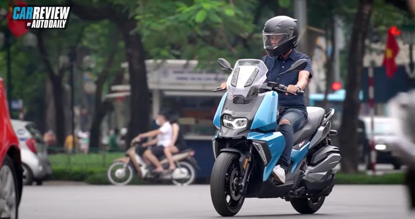 Một ngày khám phá Hà Nội cùng BMW C400X