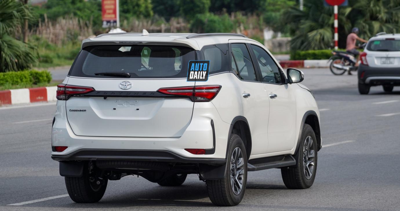 HÀNG NÓNG Toyota Fortuner 2021 lăn bánh tại Việt Nam, ra mắt 17/09