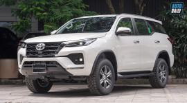 Toyota Fortuner 2021 ra mắt tại Việt Nam, 7 phiên bản giá từ 995 triệu