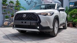 Toyota Corolla Cross 2021 bản 720 triệu có mặt tại đại lý