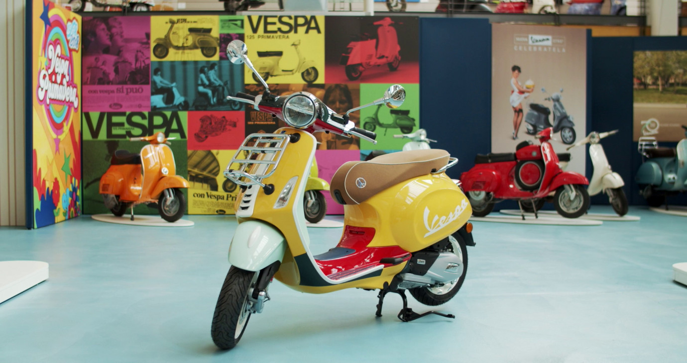 Cảm hứng sáng tạo nên Vespa Primavera Sean Wotherspoon