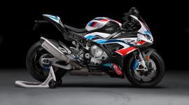 Superbike BMW M 1000 RR ra mắt, phả hơi nóng lên Honda CBR1000RR-R SP