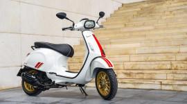 Chi tiết Vespa Sprint Racing Sixties 150cc giá 94,9 triệu đồng