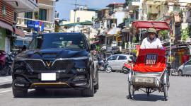 Hình ảnh ấn tượng VinFast President 3,8 tỷ trên phố Hà Nội