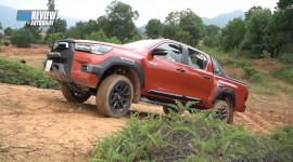 Trải nghiệm khả năng vận hành của Toyota Hilux 2021