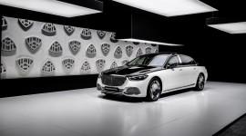 Biến hoá màu cực đỉnh trên Mercedes-Maybach S-Class 2021