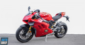 Cận cảnh Ducati Panigale V4S 2020 đầu tiên tại Việt Nam