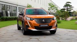 """Trải nghiệm tất tần tật về """"hàng nóng"""" Peugeot 2008 2021 giá từ 739 triệu đồng"""