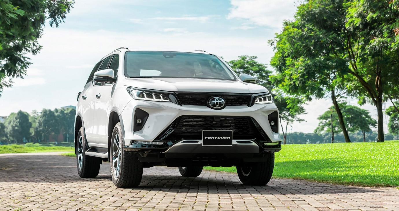 Toyota Fortuner 2020 trở lại cuộc đua doanh số phân khúc SUV 7 chỗ