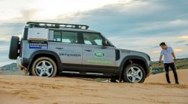 Trải nghiệm Land Rover Defender 2021 - Lên rừng, xuống biển