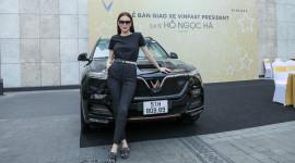 Chùm ảnh Hồ Ngọc Hà - Kim Lý nhận xe VinFast President giá 4,6 tỷ