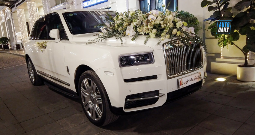 Rolls-Royce Cullinan và dàn xe hoa hoành tráng trong đám cưới tại Hà Nội