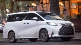 Cơn sốt Lexus LM300h 2021 tại Việt Nam dù giá không hề rẻ