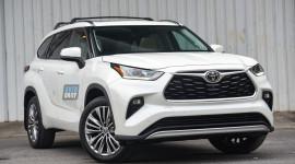Chi tiết Toyota Highlander Platinum 2021 hơn 4 tỷ đầu tiên về Việt Nam