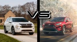 So sánh Mitsubishi Outlander 2022 và Toyota RAV4: Chọn mẫu crossover Nhật nào?
